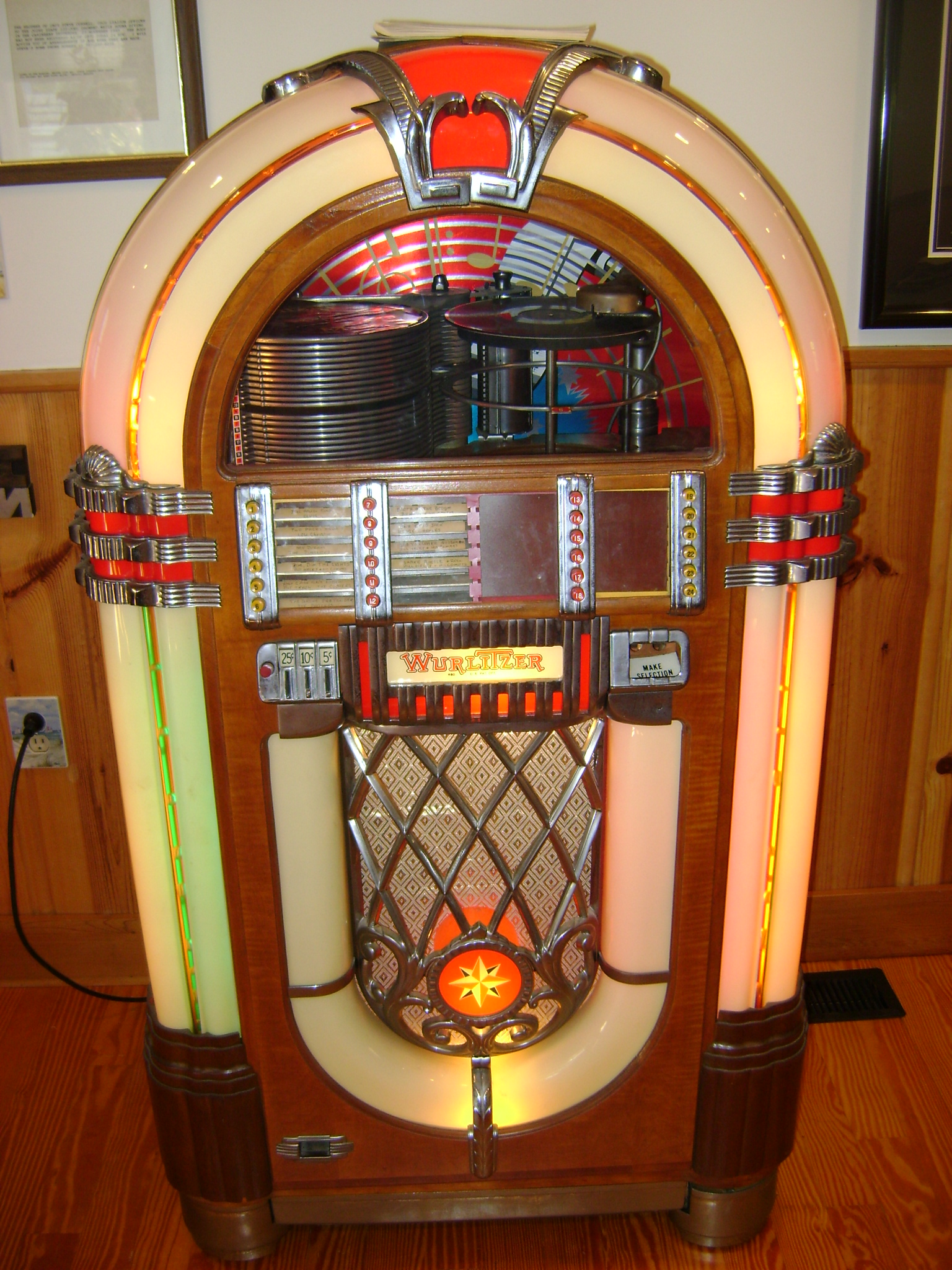 Antique Radio Forums • View topic - Wurlitzer 1050
